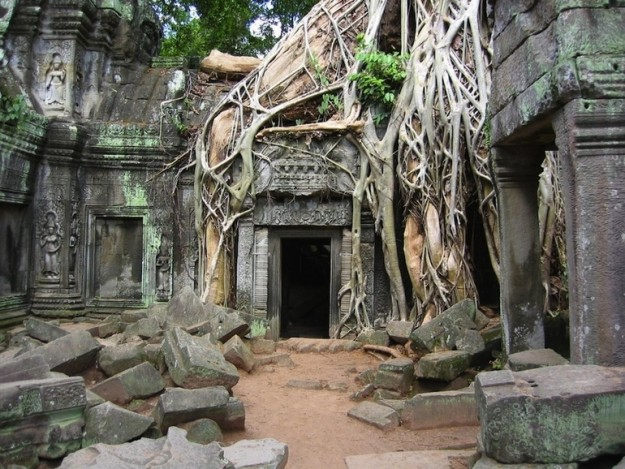 top-33-most-beautiful-abandoned-places-in-the-world-13