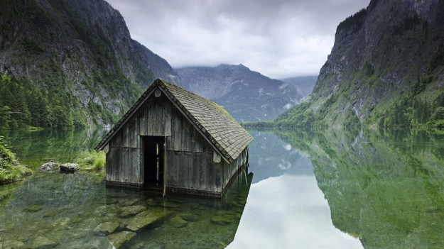 top-33-most-beautiful-abandoned-places-in-the-world-6